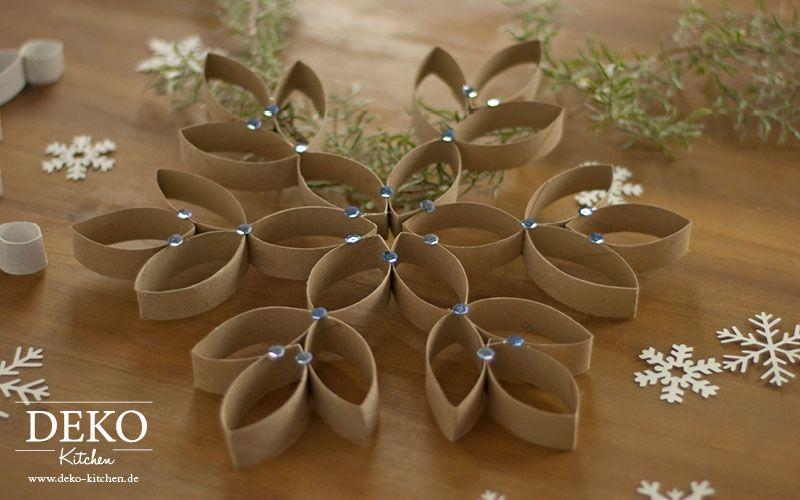 DIY: Große Weihnachtssterne aus Küchenrollen #christbaumschmuckbastelnkinder