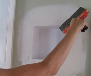 Tischlager Modern Niche Step 5 Drywall Finish The Niche Can Be Finished Using Traditional Dry Wall Methods The Molded B Wall Niche Wall Drywall Mud