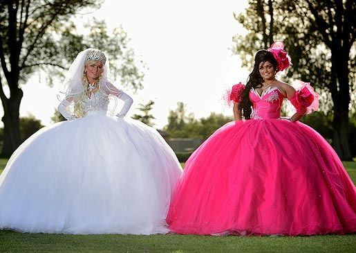 See Pictures Of Extravagant Gypsy Weddings Featured On My Fat Wedding The Tlc Show Reveals Community And Its Traditions
