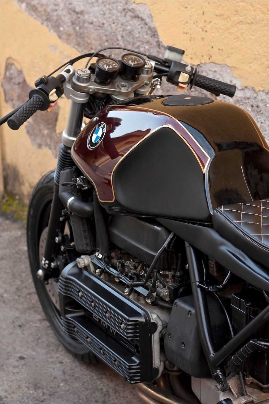 K100 By Cafe Twin Inazuma Café Racer Pinned For The Handle Bars And Gauge Mounting Bracket