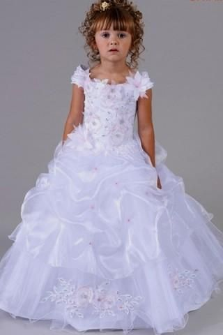 b6cdac560 best wholesaler fd9be 7acf6 little ladies dresses tend to be sweet ...