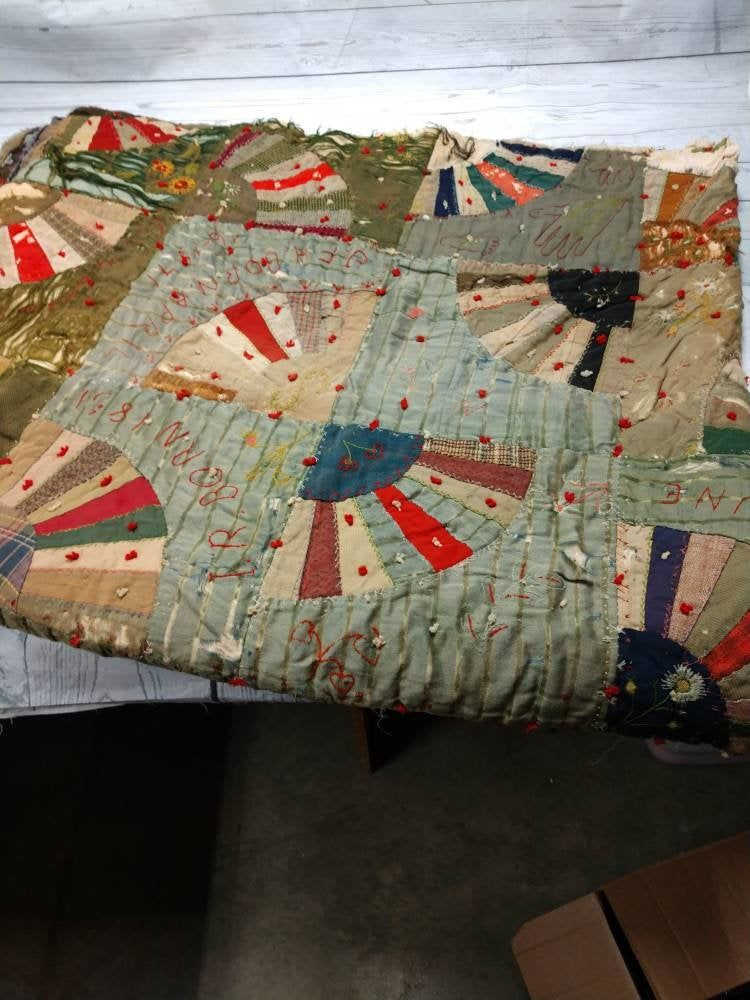 Antique Crazy Quilt From 1800 S Carriage Blanket Throw Quilts Crazy Quilts Handmade