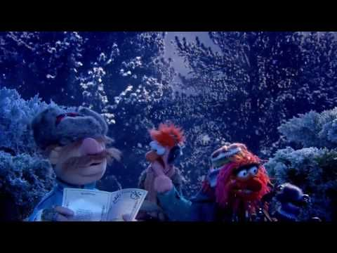 Ringing of the Bells - The Muppets - YouTube Ding, dong, ding, dong!   Muppets   Funny christmas ...