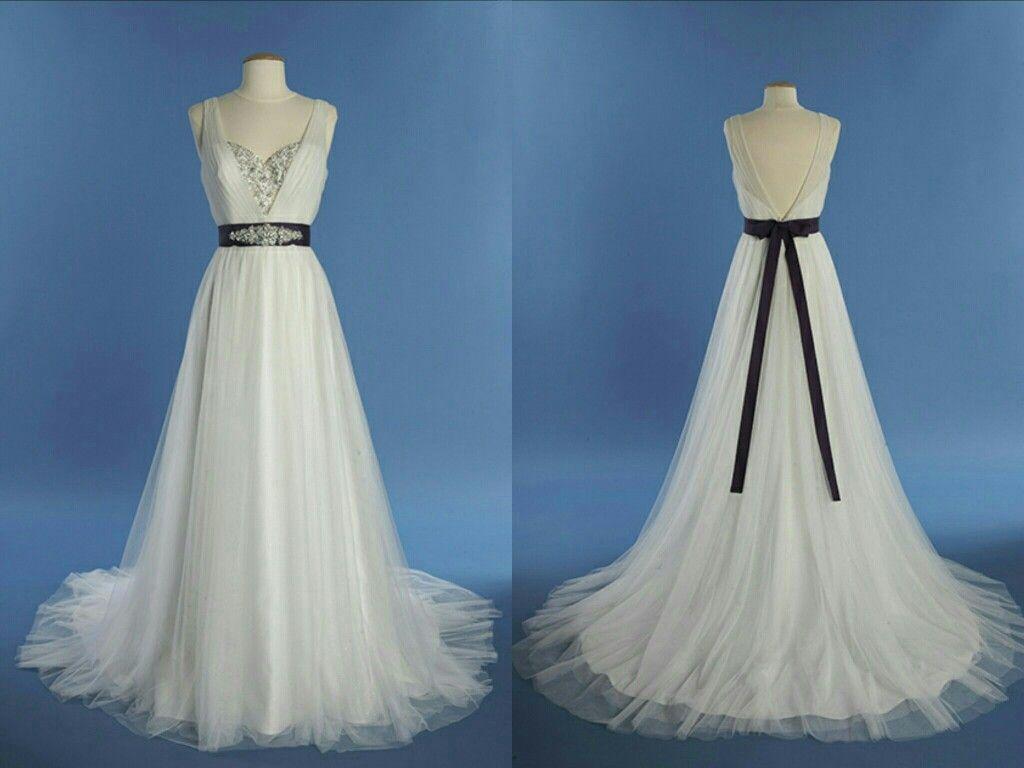 Disney S Fairy Tale Weddings 2014 Collection By Alfred Angelo Princess Jasm Disney Princess Wedding Dresses Disney Princess Wedding Princess Wedding Dress [ 768 x 1024 Pixel ]