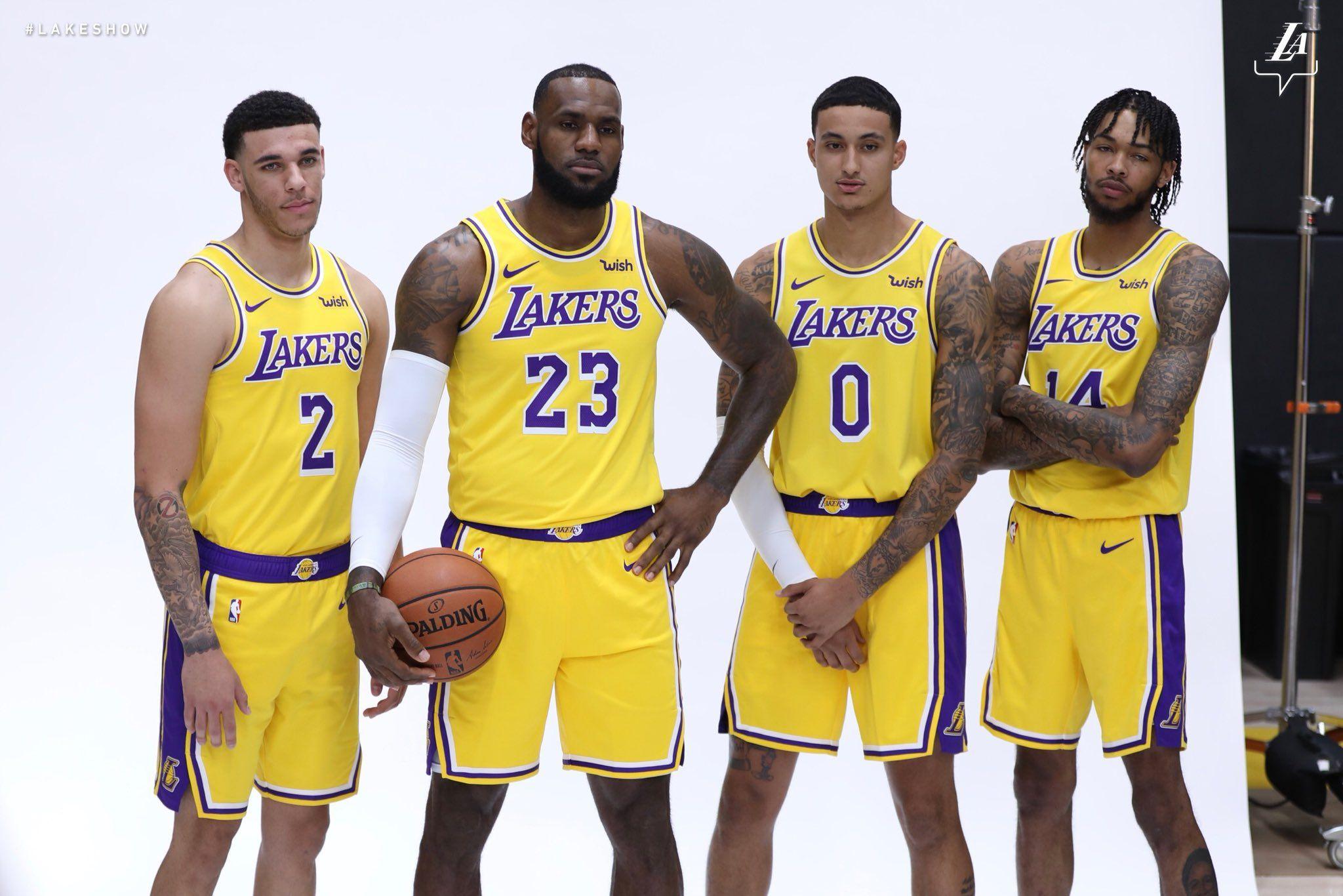 Los Angeles Lakers Lakers Twitter Los Angeles Lakers Nba Trades La Lakers