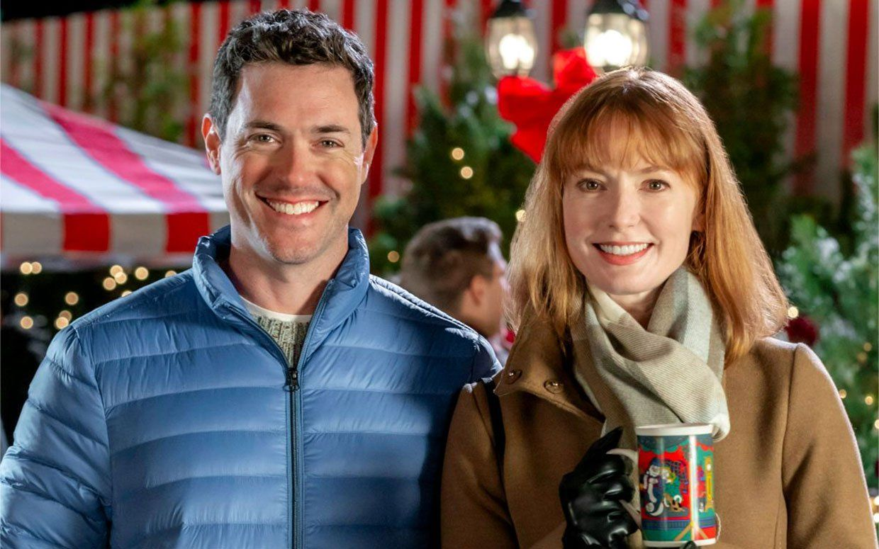Watch An Exclusive Clip Of Hallmark S Upcoming Holiday Movie Our Christmas Love Song Starring Alicia Witt And Brendan Hines Christmas Love Songs Hallmark Movies Music Star