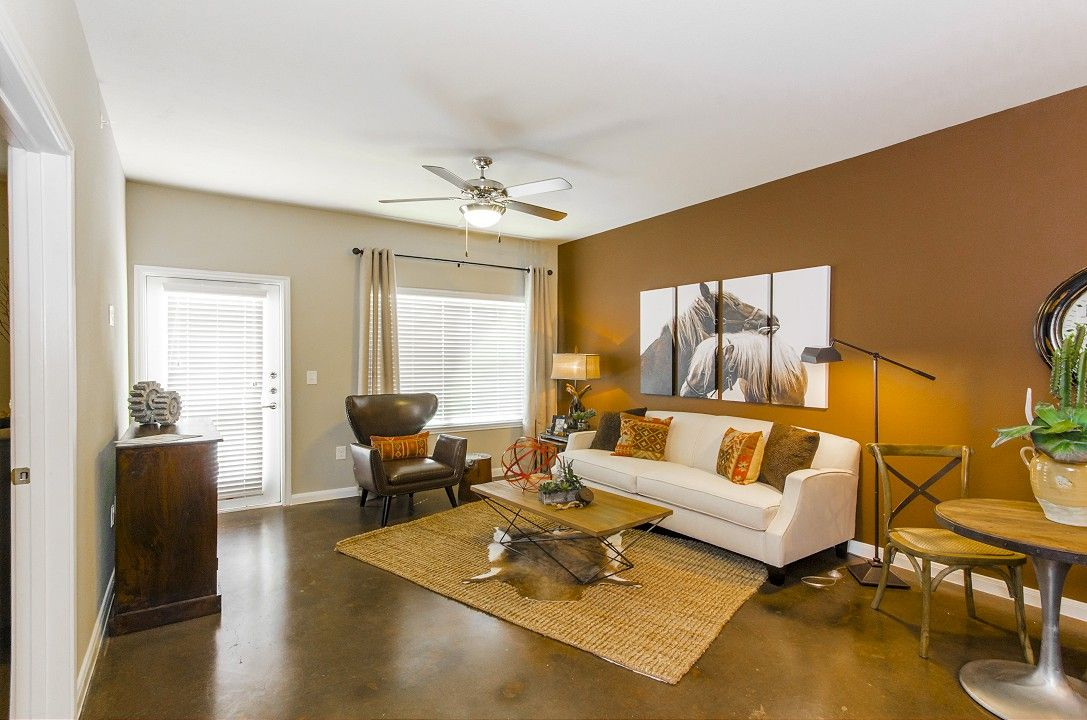 A2 1 1 Gallery Legacy Brooks Apartments Small Apartments San Antonio Apartments Built In Storage