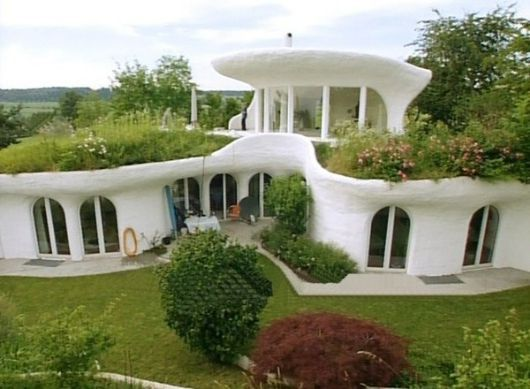 Eco friendly homes eco friendly house design by vetsch for Earth friendly home designs