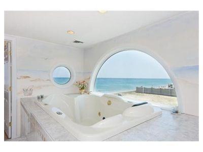 A Seaside Mural Sets The Scene In A Beach House Bathroom Dream - Beach scene bathroom decor for bathroom decor ideas