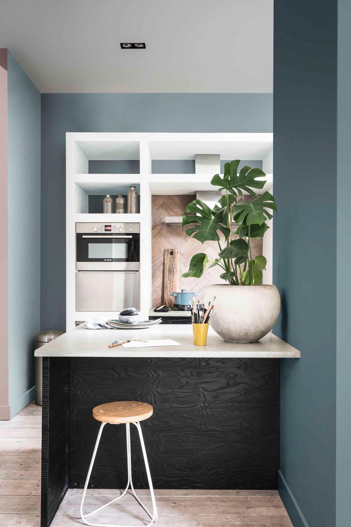 Ambiance bord de mer garantie ! Déco cuisine blanche et bleue - Blog Déco - Clem Around ...