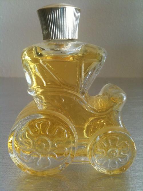 Courting Carriage Avon Bottle | Avon perfume bottles