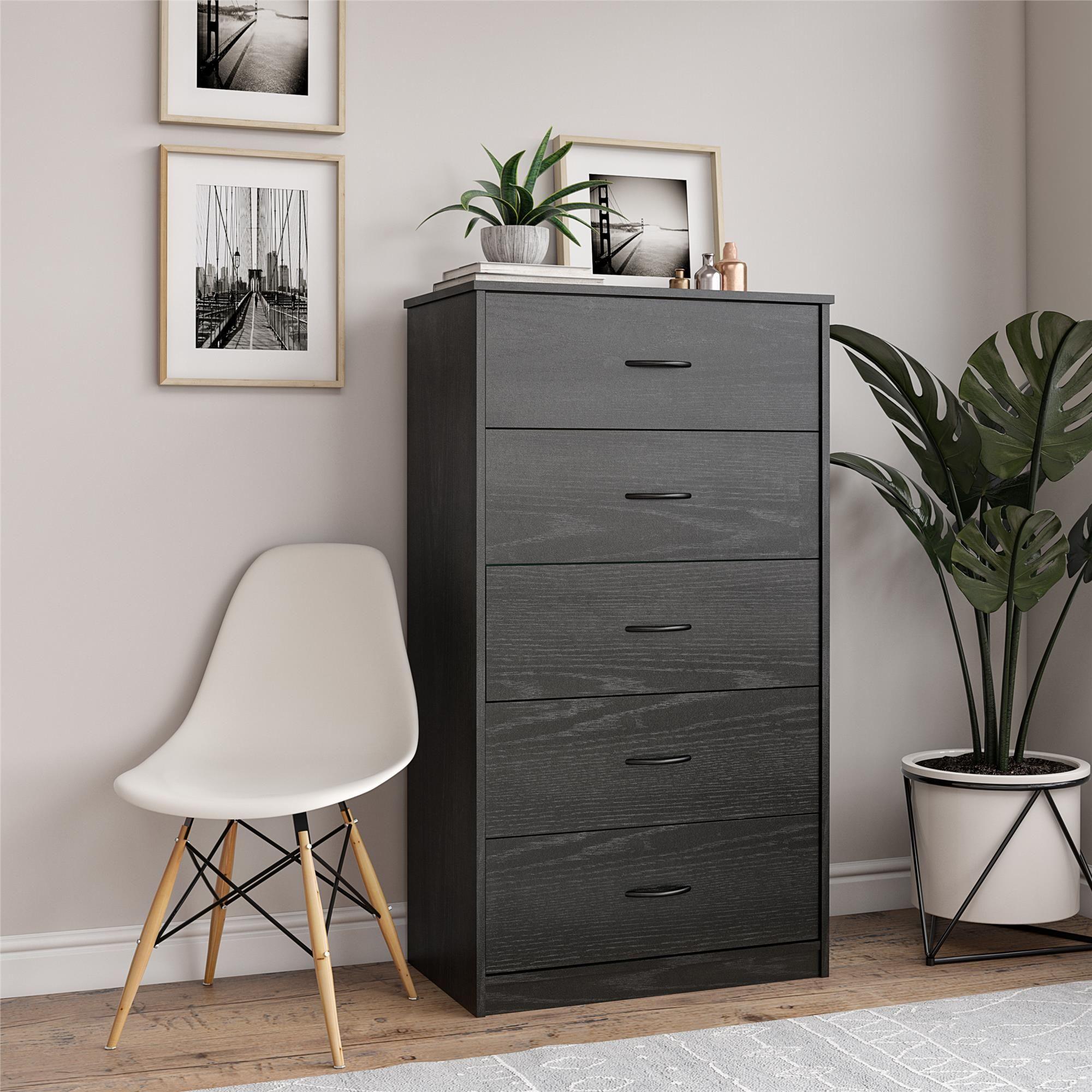 Mainstays Classic 5 Drawer Dresser Black Oak Finish Walmart Com Tall Dresser Decor Dresser Drawers Dresser Decor Bedroom [ 2000 x 2000 Pixel ]
