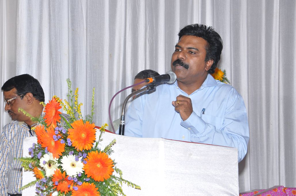 Dr Santhosh Babu I A S Chariman And Managing Director Of