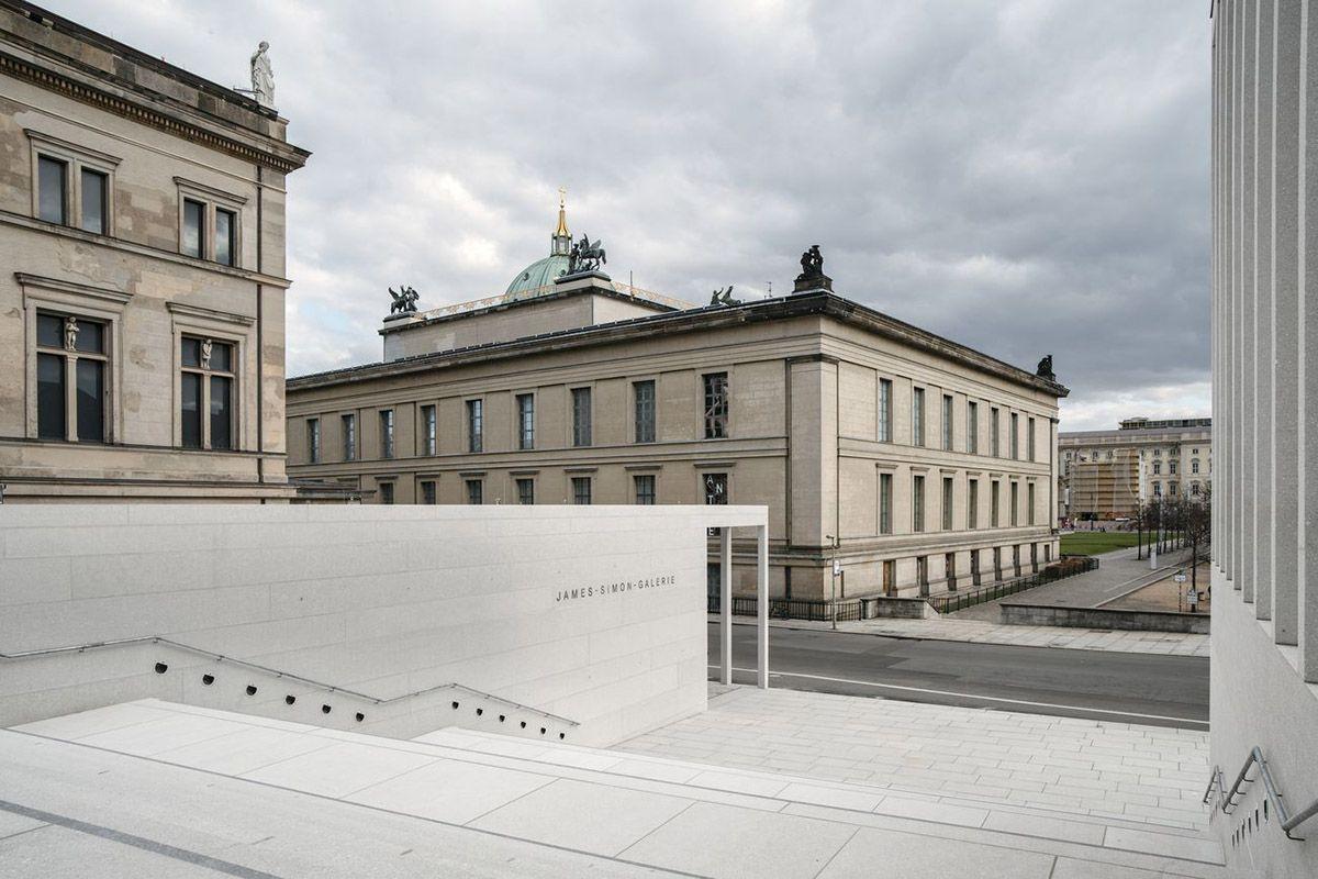 David Chipperfield Architects Opens James Simon Galerie On Berlin S Museum Island David Chipperfield Architects Museum Island Architect