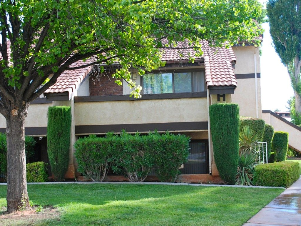 Condo vacation rental in St. from