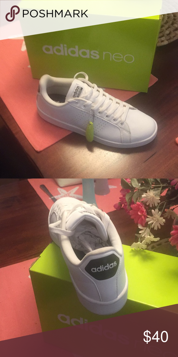 Women's Adidas NEO Cloudfoam Sneakers Size 10 Classic court