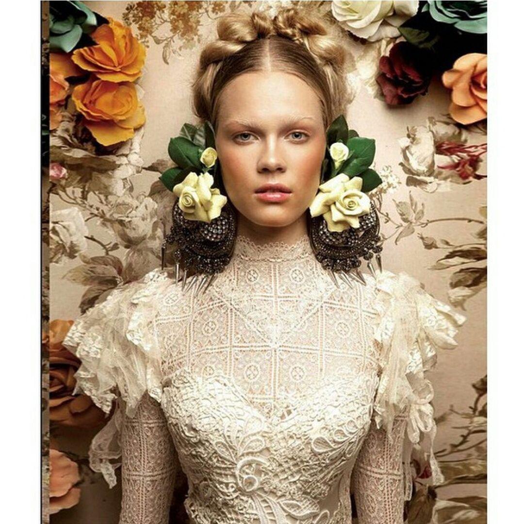boho wedding dress with long sleeves