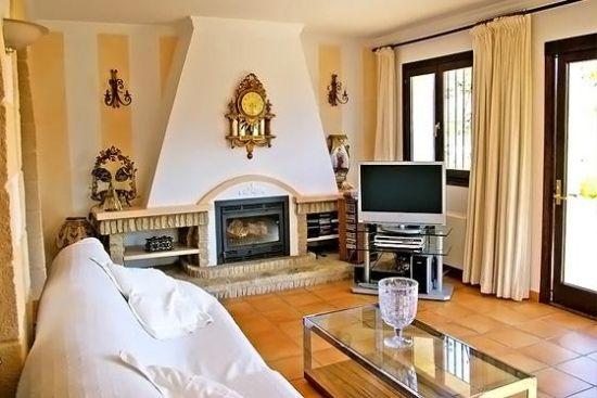 En el #interior de la #casa nos encontraremos con: 2 plantas ...