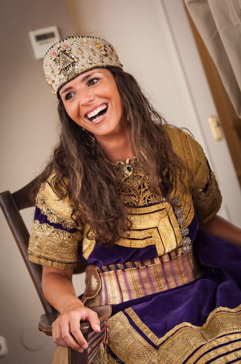 Sephardic bride wearing berberisca dress | Keswa El Kbira | Pinterest