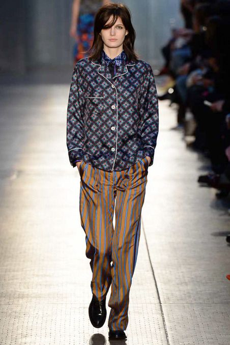 Paul Smith Fall 2014 RTW - Runway Photos - Fashion Week - Runway, Fashion Shows and Collections - Vogue