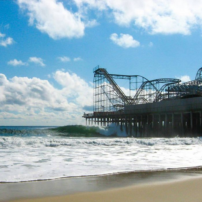 Wave or coaster, which to ride?