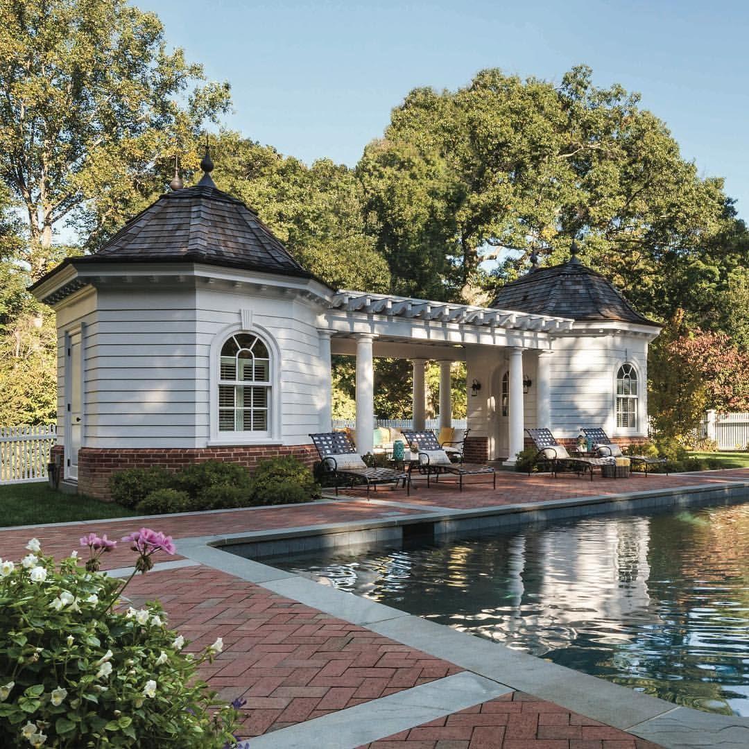 DV Architects pool house, bath house, cabana...