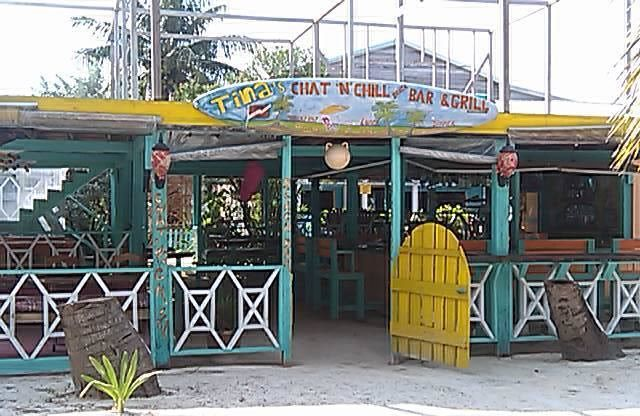 Caye Caulker Bars Famous Restaurant On Caye Caulker Beach In