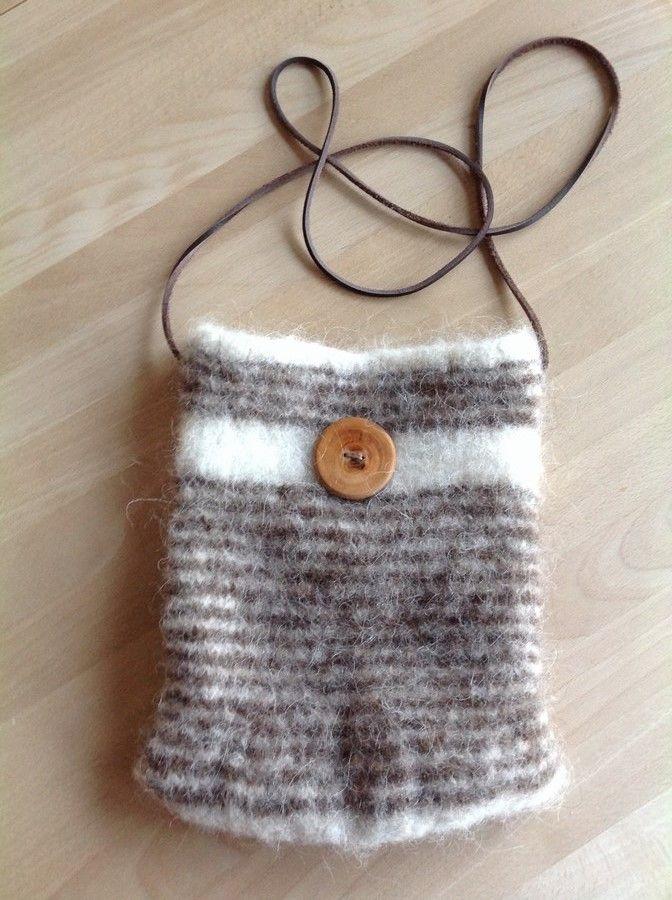 9bec339579f Filtet strikket taske gratis opskrift strik   Strik   Filt, Filtning ...