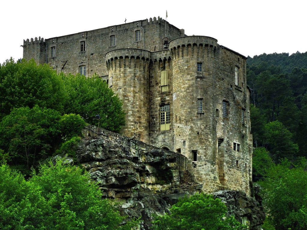 Chateau L'argentiere, France www.pradinat.com