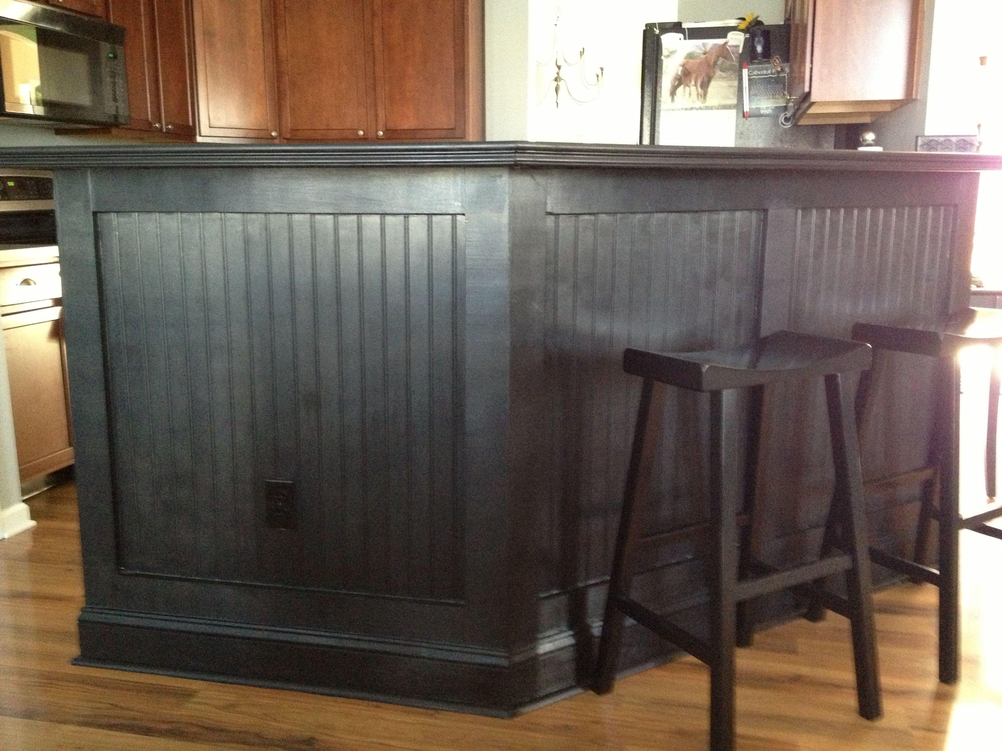 Kitchen bar love the black beadboard kitchen chaos for Black beadboard kitchen cabinets