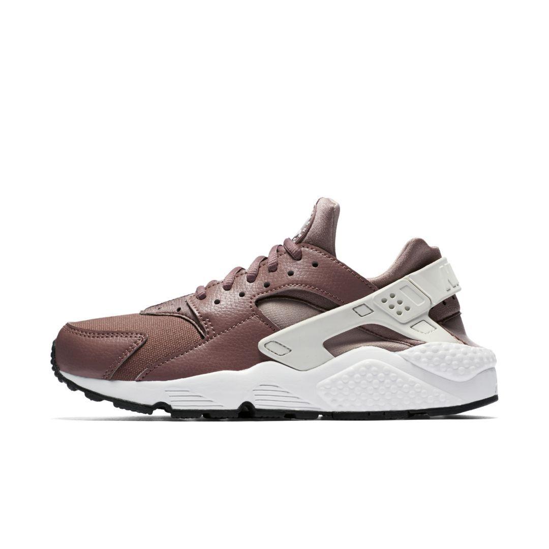 211b494b71de Nike Air Huarache Women s Shoe Size 11.5 (Smokey Mauve)