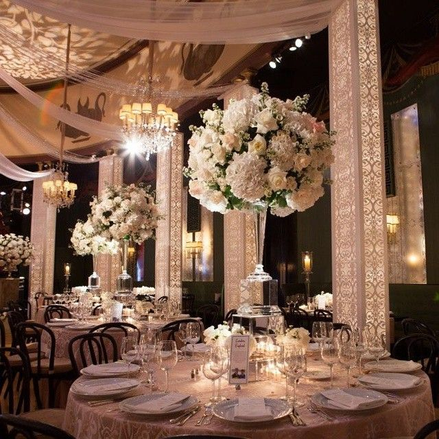 Elegant Wedding Reception Decoration: This Is Such Elegant Reception Decor!