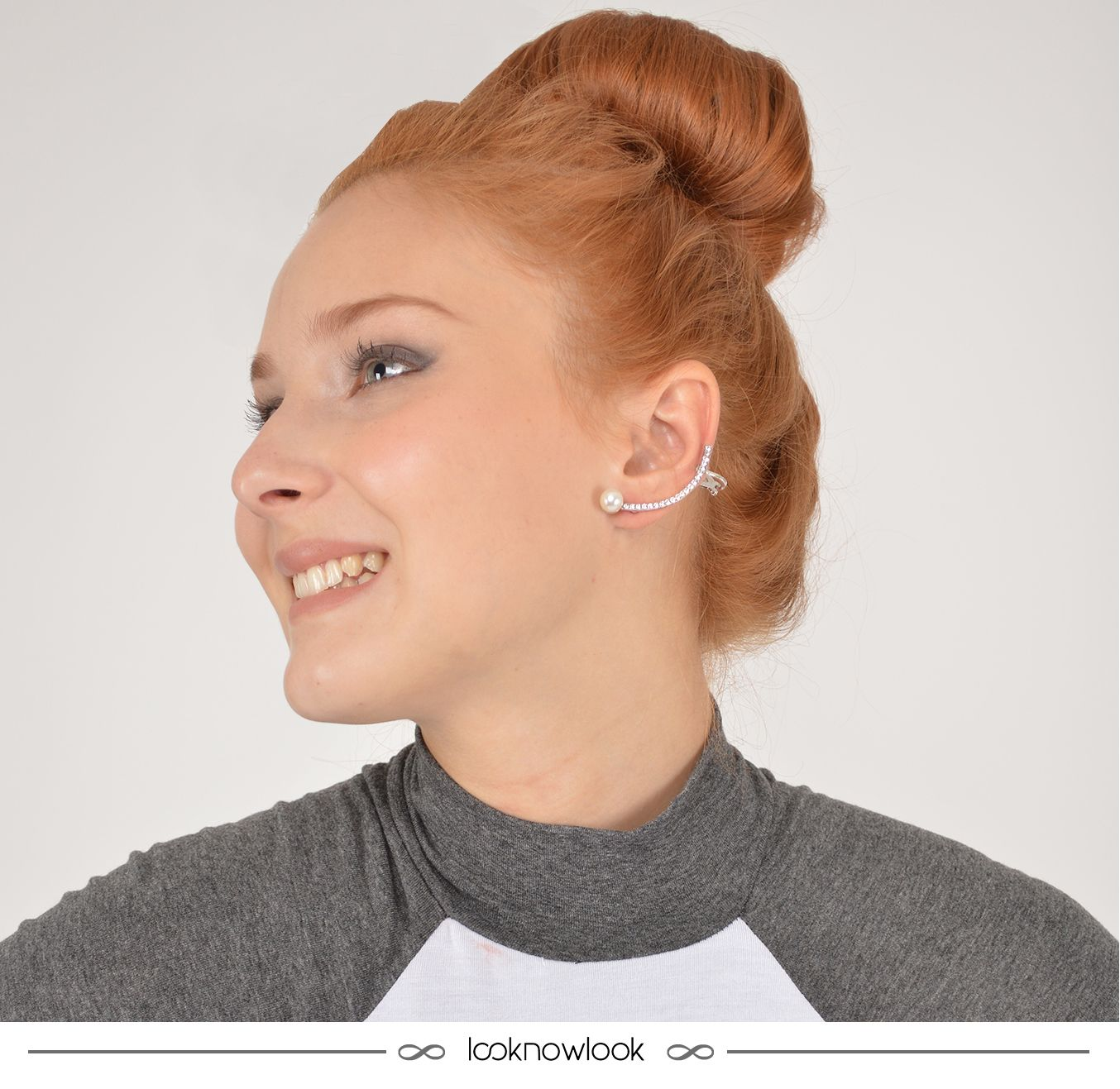Brinco ear cuff lindo para deixar seu look mais estiloso! #moda #look #outfit #detalhes #estilo #bijoux #acessórios #styling #brinco #earcuff #shop #lojaonline #ecommerce #lnl #looknowlook