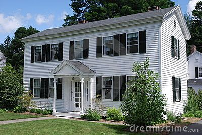 White Vinyl Siding With Black Shutters Things My Dream House Will