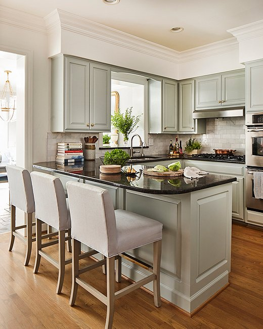 Tour a Nashville Home That Glows with Color & Charm ...