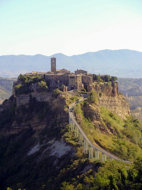 The Italian Hill Town Of Civita Di Bagnoregio Best Places To