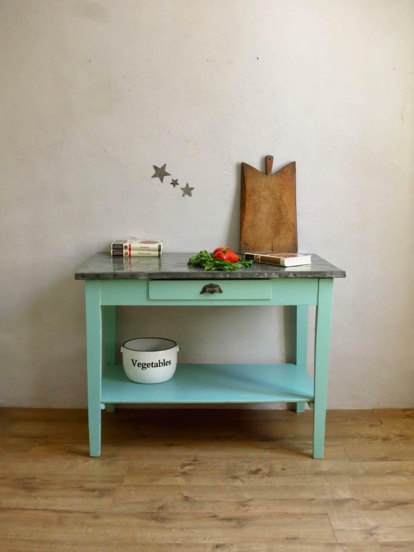 Table En Zinc Vert Menthe Meuble De Metier Mobilier De Salon