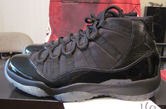 f6498d535dc748 Air Jordan XI  Blackout  - New Images - SneakerNews.com