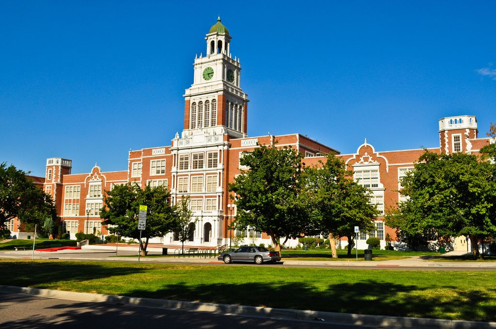 DENVER - East High School - 1924 English Jacobean . Architect - George H. Williamson. | Historic Public School Architecture From The City Beautiful Era - SkyscraperPage Forum