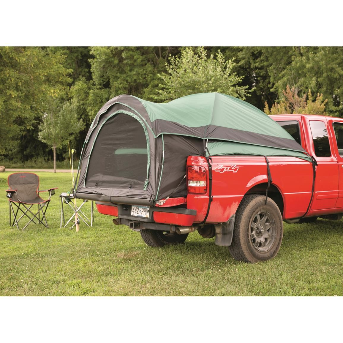 Awesome car set up to keep off the ground when camping