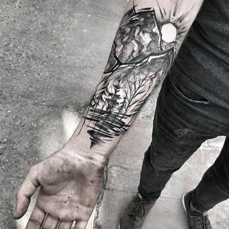 Wald Tattoo: symbolische Bedeutung + attraktive Designideen