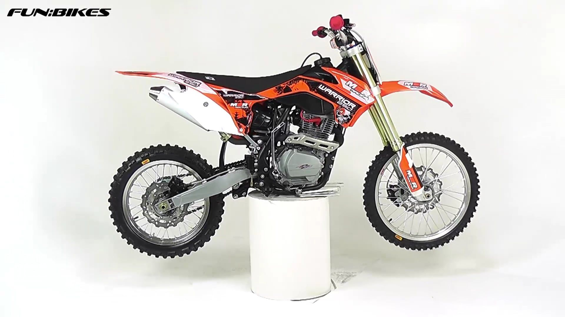 M2R Racing Warrior J1 250cc 21/18 96cm Dirt Bike     Dirt