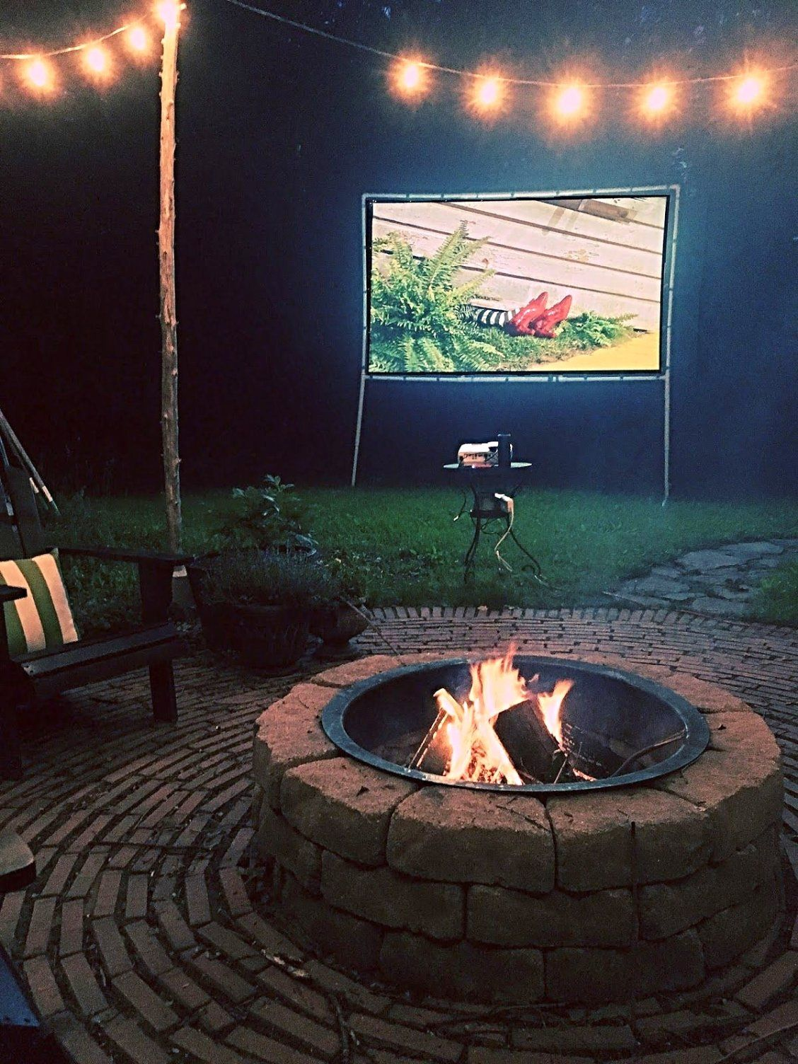 create your perfect backyard movie night with a diy from brooklyn