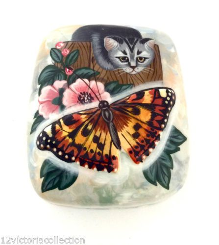 Cat-and-Butterfly-Russian-Hand-Painted-Mother-of-Pearl-LACQUER-BOX-Art-Work