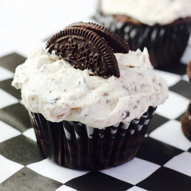 Cookies And Cream Cupcakes Vegan Cookie And Cream Cupcakes Vegan Cupcakes Cupcake Recipes