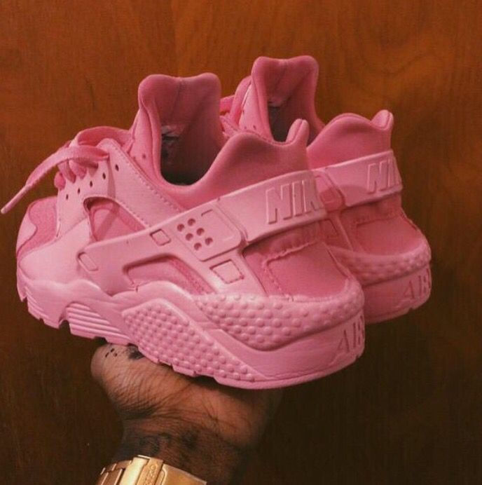 There are 4 tips to buy these shoes nike baby pink huraraches pink nike  sneakers huarache pink nikes pink sneakers.