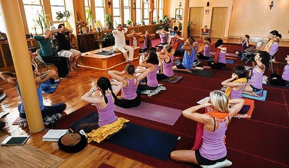 Dharma Yoga New York Center New York Nyc Dharma Yoga Nyc Yoga Center