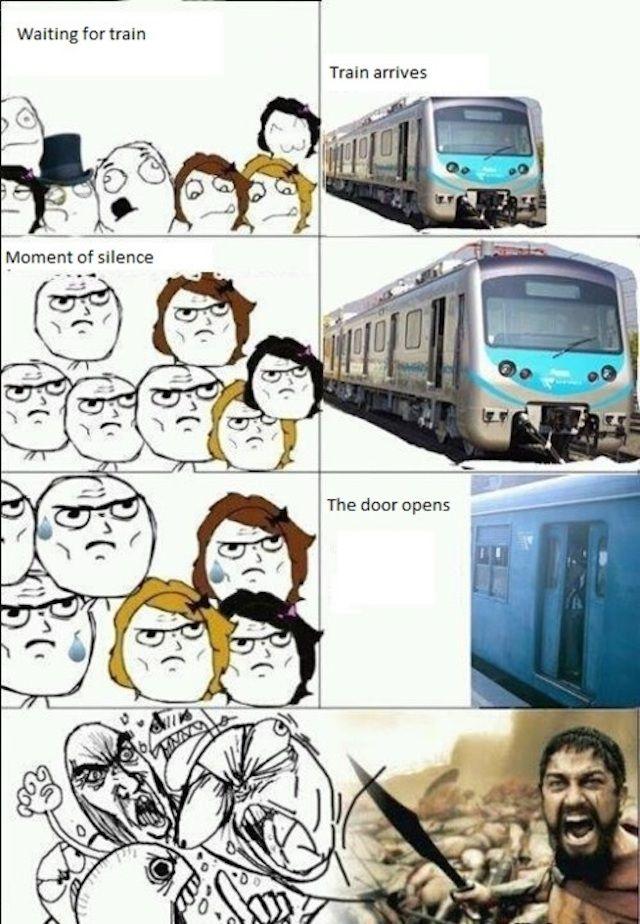 Crowded Train Station Travelmeme Funny Gracioso
