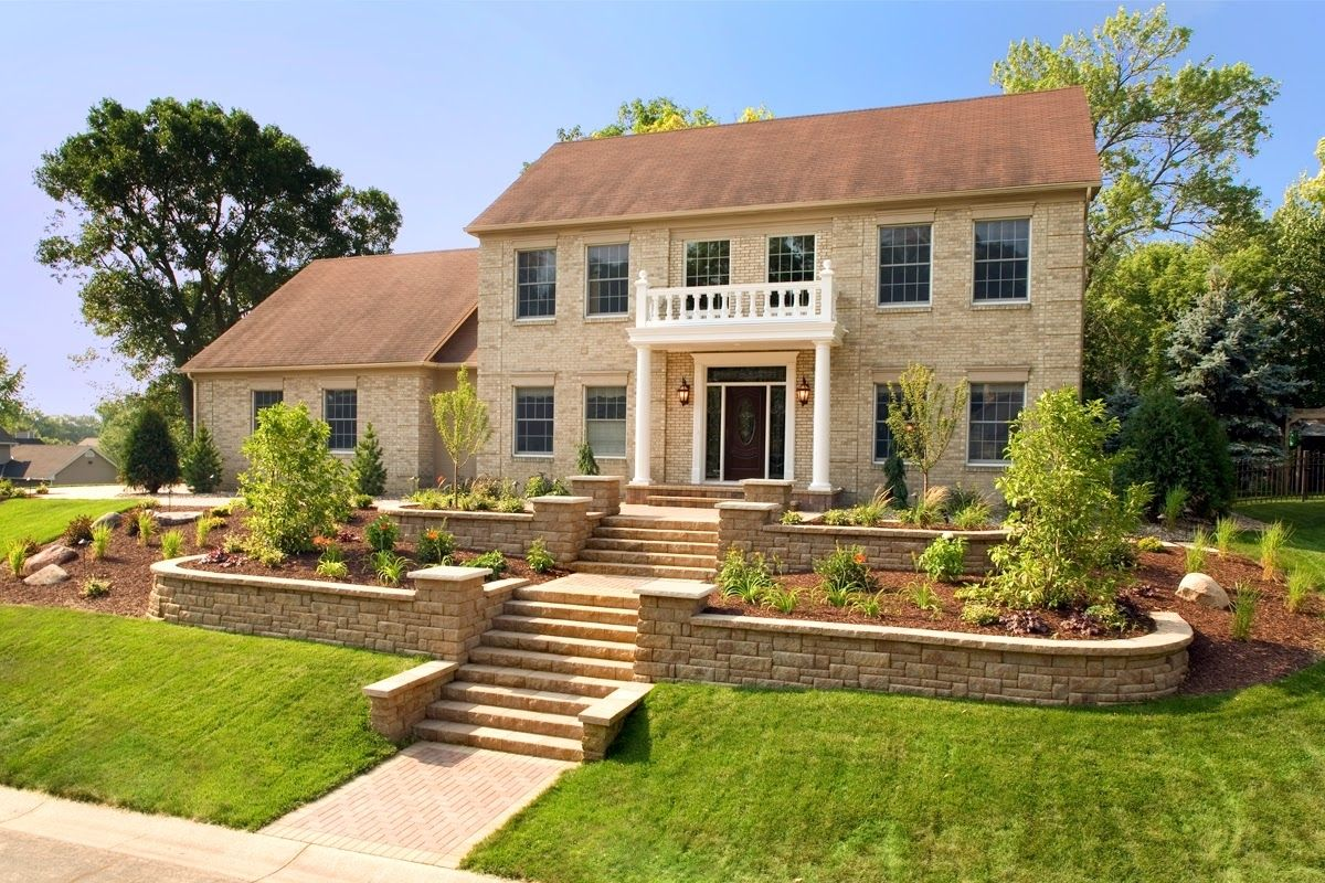 Image Result For House On Hill Landscaping Sloped Front Yard Front Yard Landscaping Design 25 Beautiful Homes