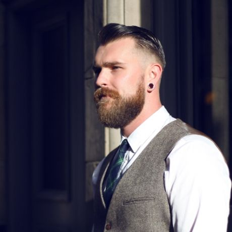 MurdockMan Kial Pound 100 Beards 100 Days